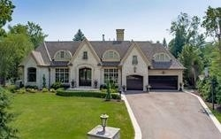461 Country Club Cres