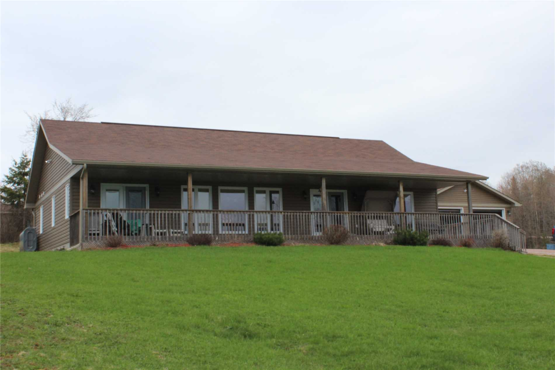 136 Armstrong Rd, Parry Sound Ontario